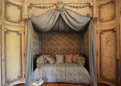 1920 bed